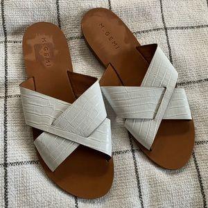 M. Gemi cross slide sandals - 41